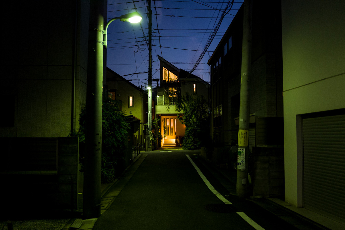 Kamimeguro at night