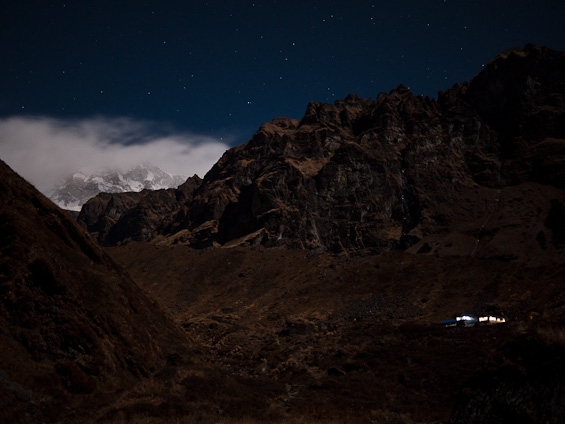 Macchapucchre base camp at night